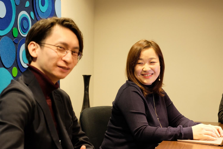 プロジェクトマネージャー兼エンジニア G's福岡DEV2期卒 田中さん(左) SynQ事業部長 兼 プロダクトマネージャー G's福岡DEV2期卒 梅田さん(右)