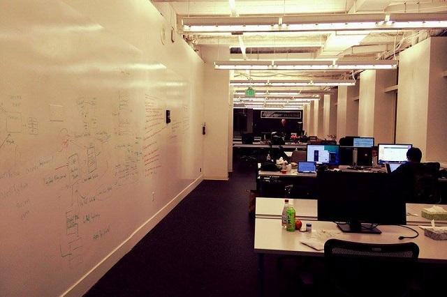 imai2_office.jpg